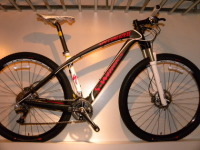 SPECIALIZED(スペシャライズド) '10 S-Works Stumpjumper Carbon HT 29er遂に入荷!