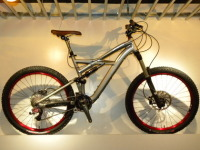 大特価!10・SPECIALIZED ENDURO SL EXPERT!