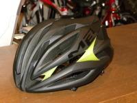 METの最上級モデルヘルメット SINE THESIS シンセンス 2011モデル!