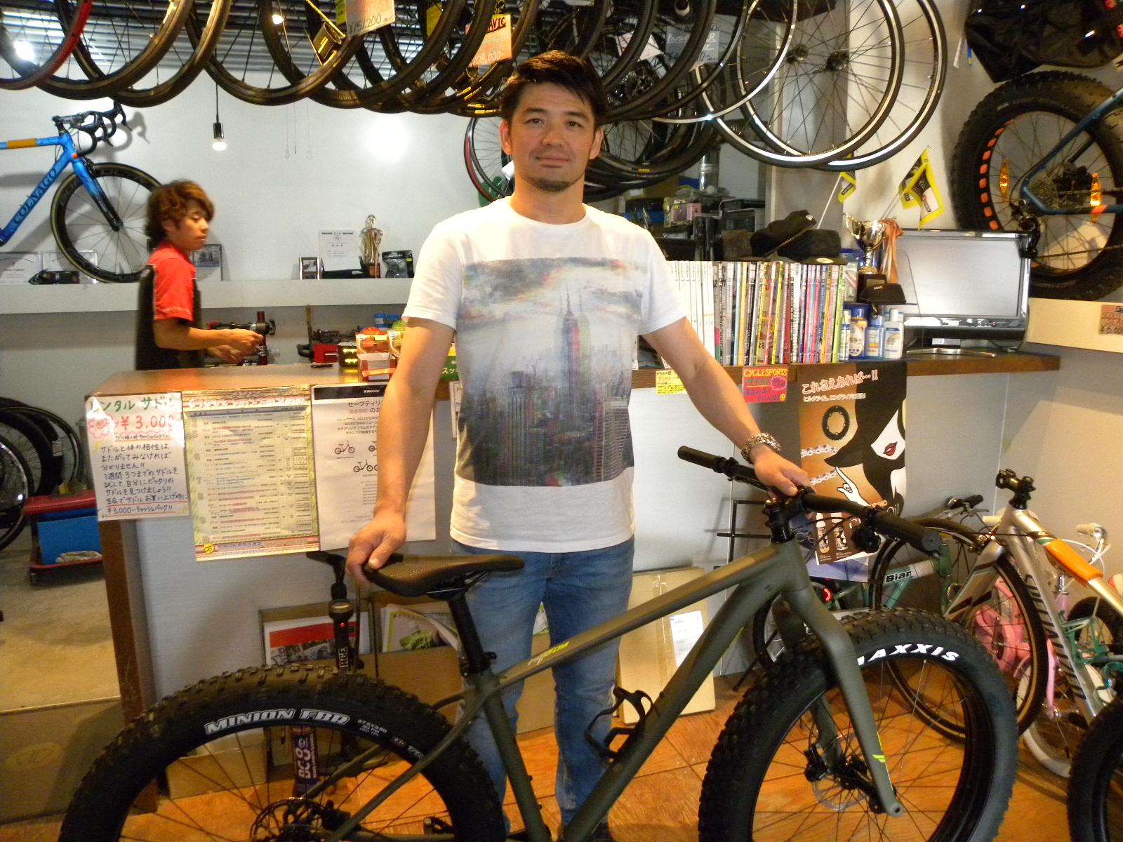 プロの競輪:荒澤貴史選手にご来店頂きました!意外なトレーニングバイク!?