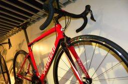 2018Specialized・Tarmac Men Expet とTarmac Compが大特価です♪